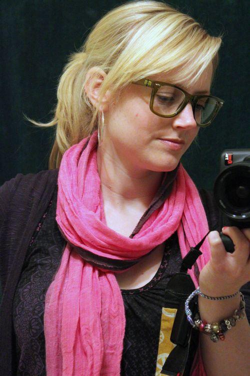 Girl who takes photos