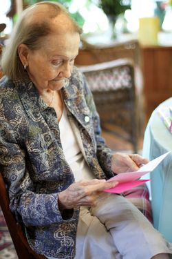 Grandma's 85 b'day 034